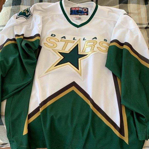 finest selection b3805 1c575 Dallas Stars Vintage CCM Jersey